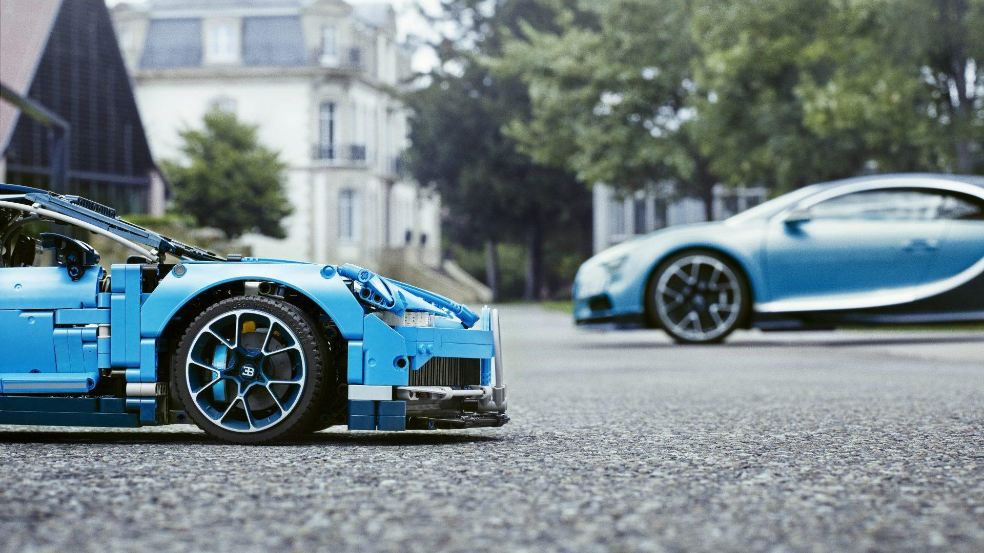 Из Lego построили полноразмерный Bugatti Chiron с 5-сильным мотором
