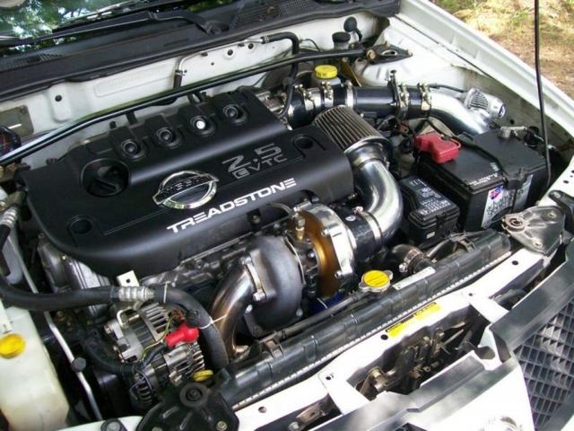 Ниссан продемонстрировал спортивную SentraSR Turbo с188-сильным мотором