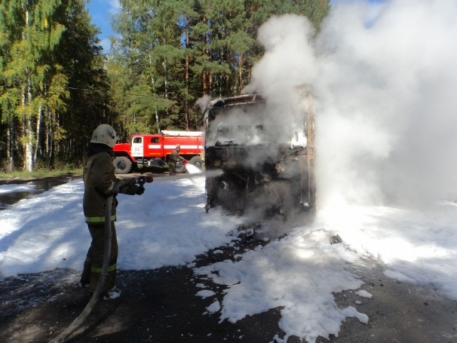 ВЯрославской области зажегся автобус