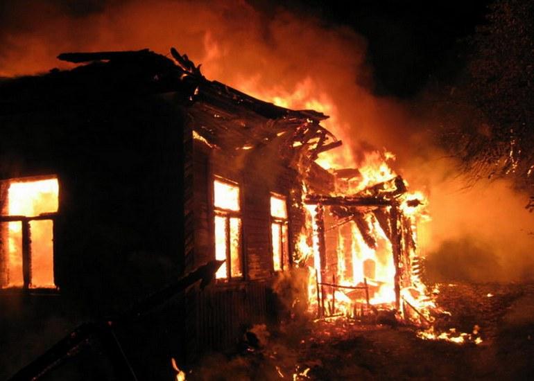 ВСмоленской области в своем доме сгорел мужчина