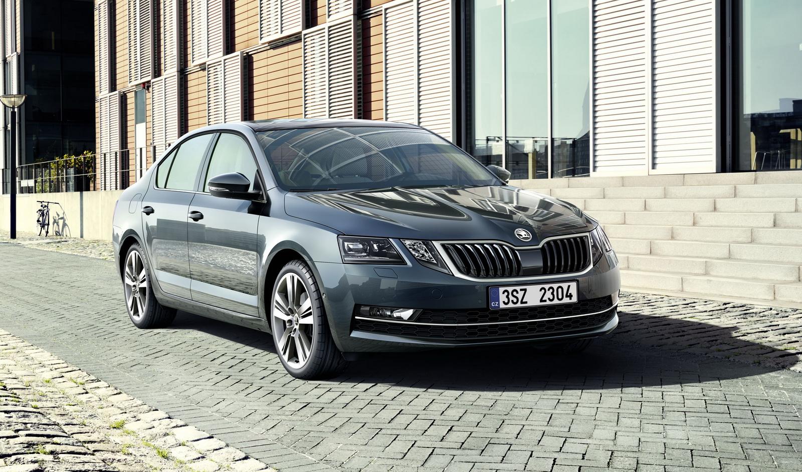 ТОП-5 наилучших авто для молодой семьи возглавила модель Шкода Rapid