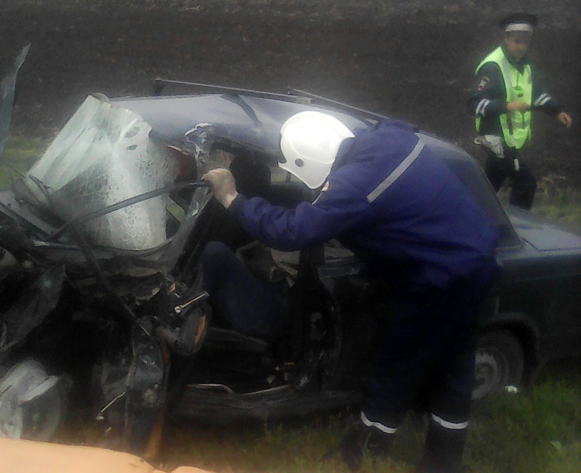 Женщина пострадала вДТП слегковушкой и фургоном вПесчанокопском районе