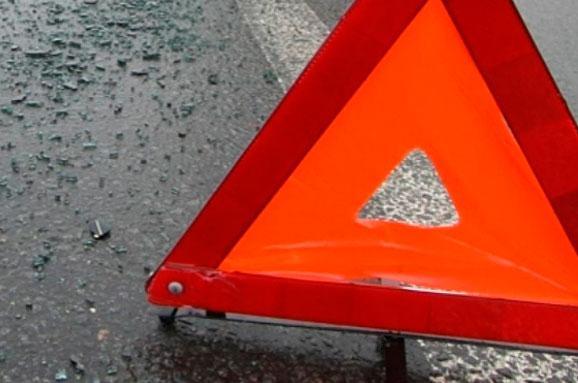 ВОмской области шофёр автомобиля «ИЖ» съехал вкювет и умер