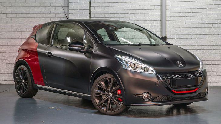 Peugeot 208 получит электрическую модификацию