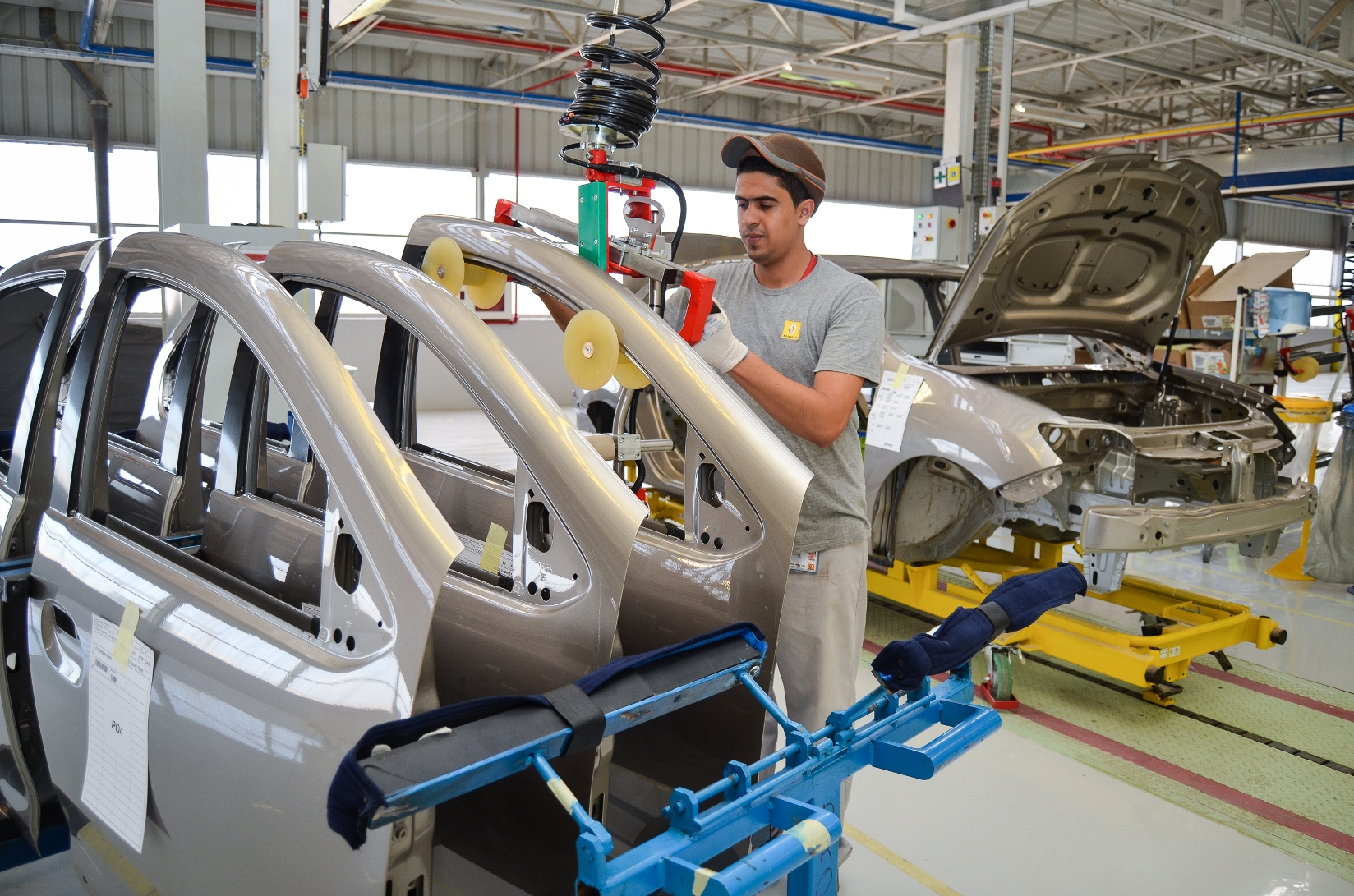 Рэно Российская Федерация планирует поставить вАлжир 18 тыс. кузовов
