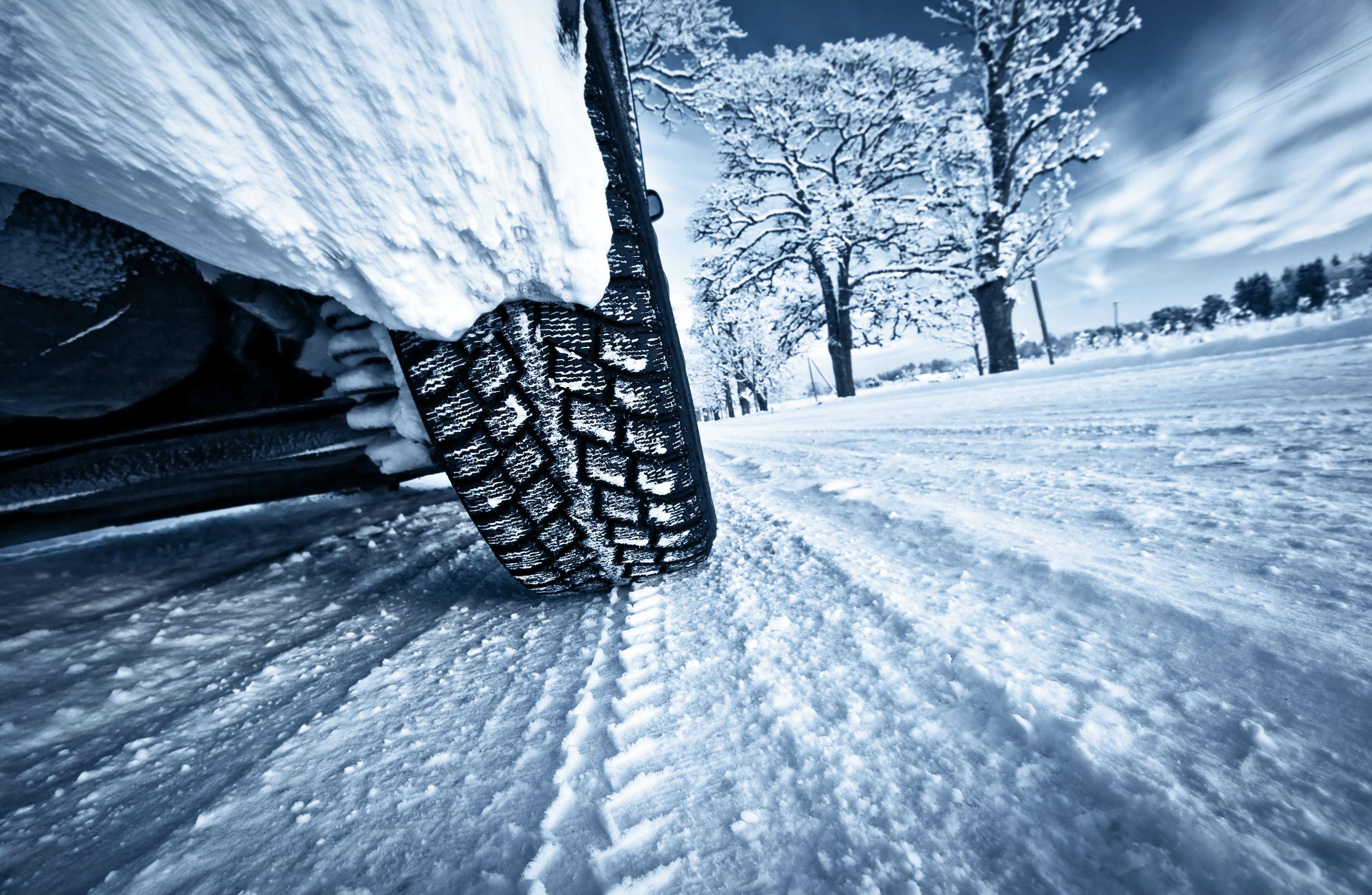 Эксперты рассказали о бюджетных вариантах шин на зиму