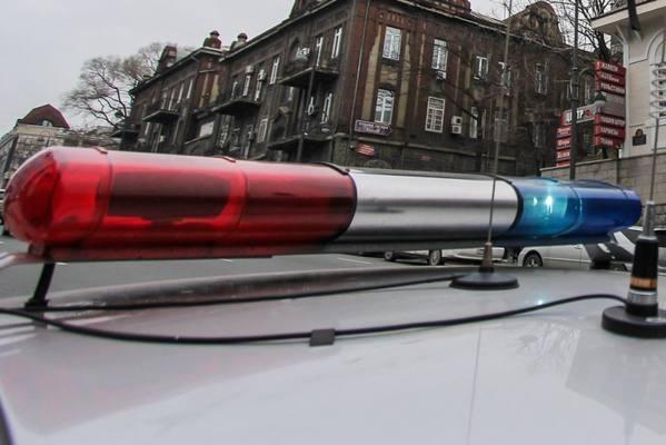 ВПрокопьевске автолюбитель врезался востановочный павильон итравмировал 2-х пешеходов