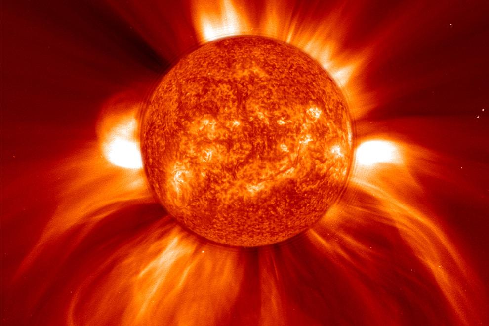Американские физики научились прогнозировать вспышки наСолнце