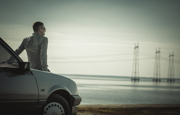 Психологи назвали 10 занятий, которые люди любят делать водиночестве