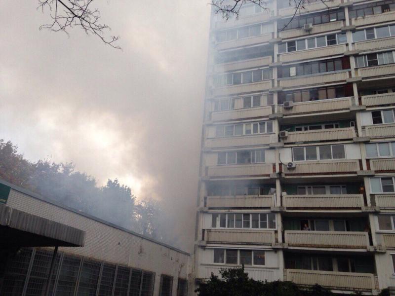 МЧС потушило пожар в16-этажке наюге столицы