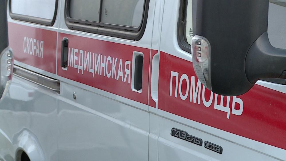 Натрассе Волгоград-Каменск врезультате дорожного происшествия пострадали трое человек