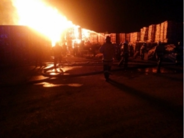ВРостове наДоватора потушен интенсивный пожар наплощади 500 кв. м