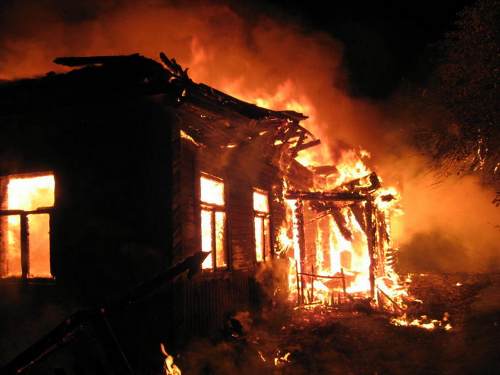 ВРостовской области произошел пожар, умер ребенок