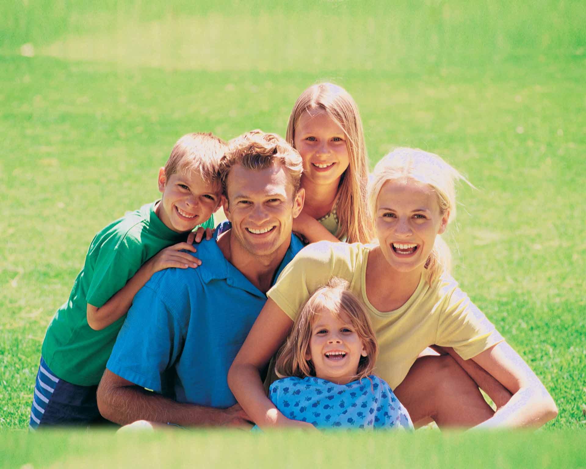 Дети изсчастливых семей сильнее привязаны кбудущим партнерам— Ученые