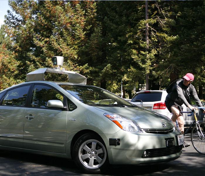 В Калифорнии можно будет тестировать автономные машины без водителя