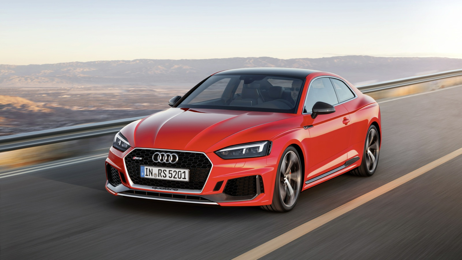 Специалисты испытали на трассах спортивную версию купе Ауди RS5 сатмосферным двигателем