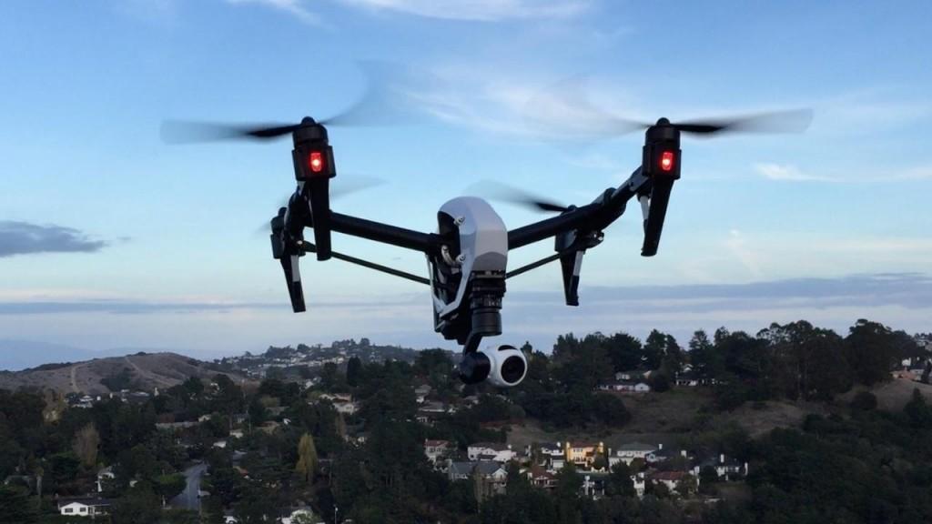 ВШвеции запретили использование дронов свидеокамерой без лицензии