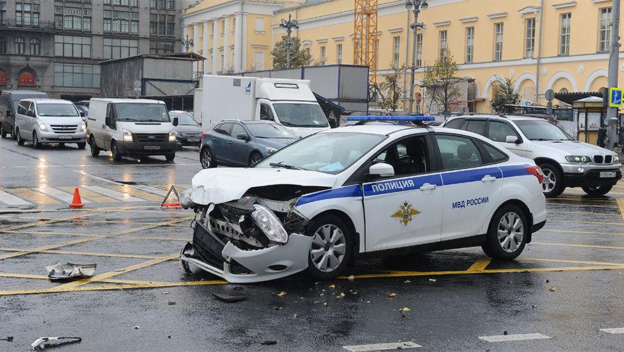 Авто руководителя Бурятии попало вДТП смашиной милиции