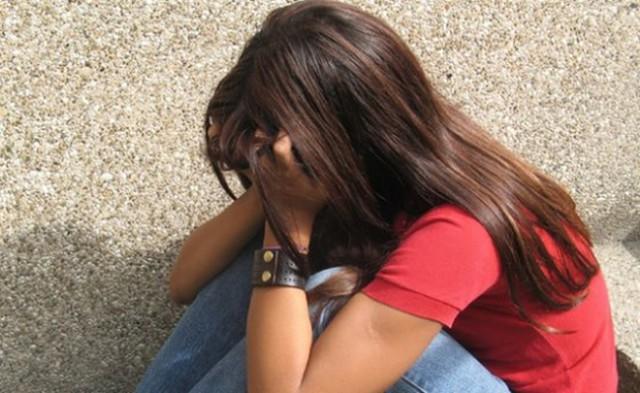 Азербайджанец месяц насиловал 13-летнюю девочку вПетербурге