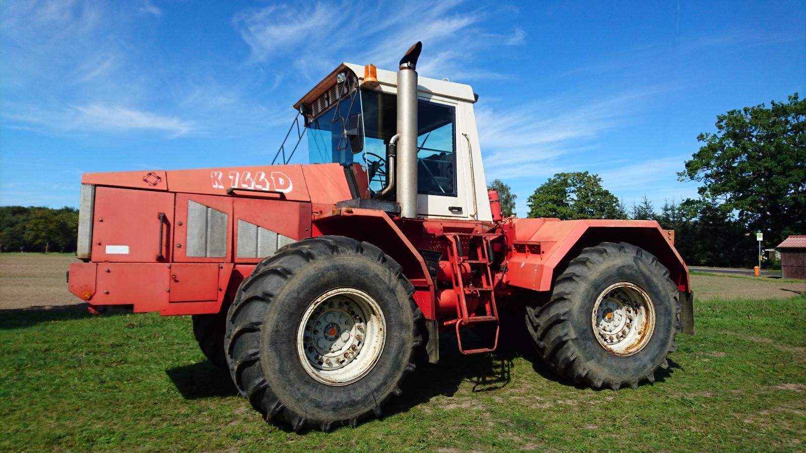 ПТЗ планирует представить роботизированный трактор к следующему году
