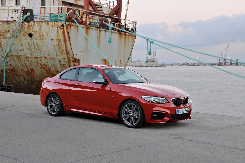 Всередине осени на русском рынке автомобилей поменялись цены у16 моделей