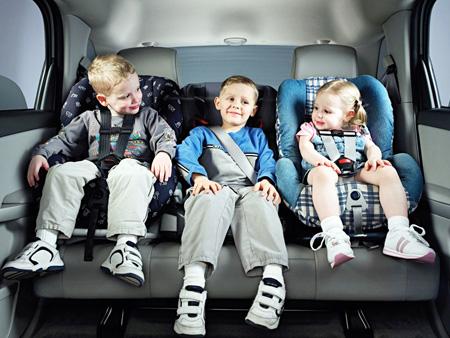 С1января предстоящего года изменяются правила транспортировки детей вмашине