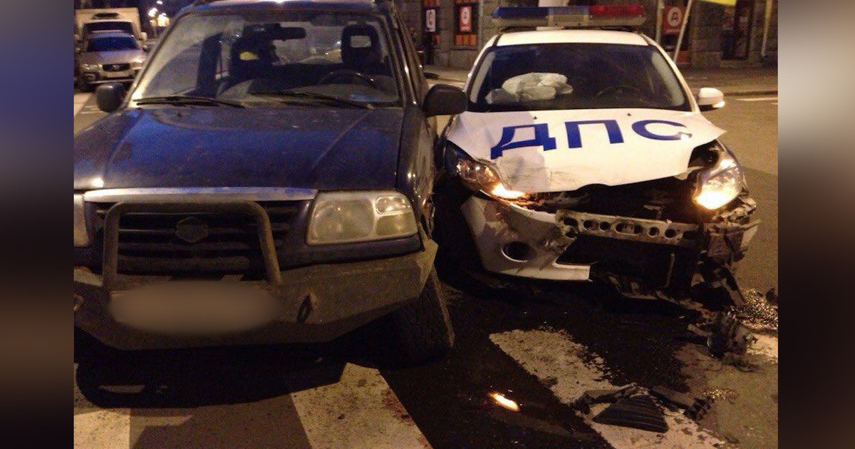 ВУфе патрульный автомобиль столкнулся сВАЗ