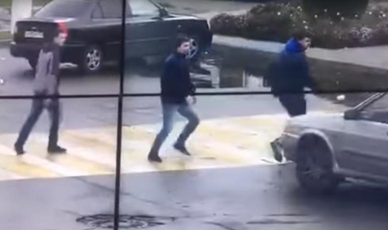 ВТихорецке участников потасовки два раза переехал автомобиль оппонентов