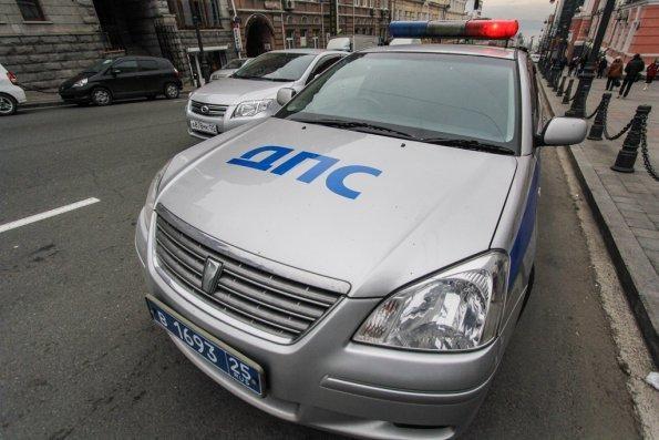 Вжутком ДТП под Армавиром умер шофёр грузового автомобиля