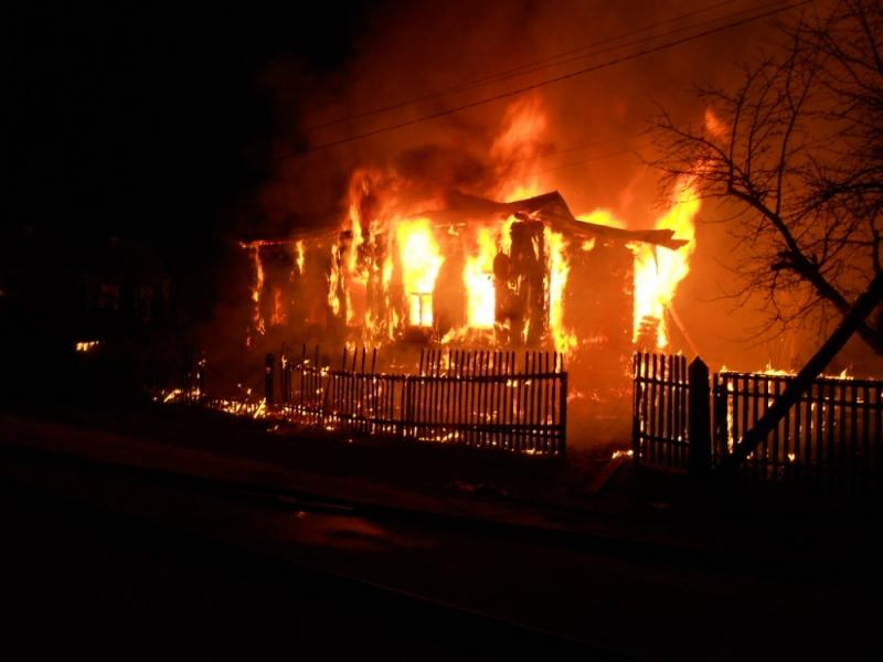Впожаре вИвановской области погибла женщина