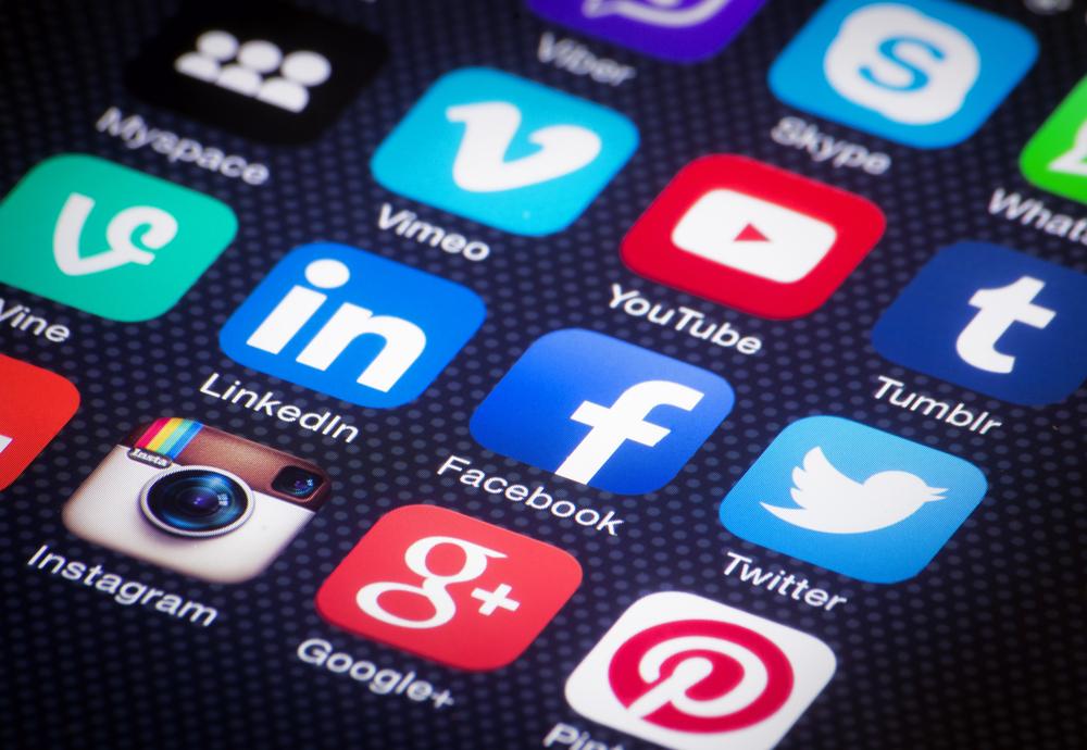 Ученые: неделя без социальных сетей делает людей успешнее