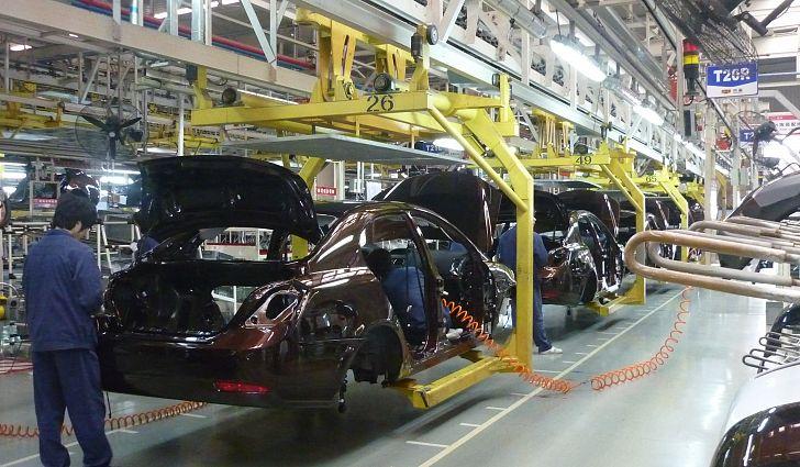 Китайский Geely начал производство машин в Беларуси