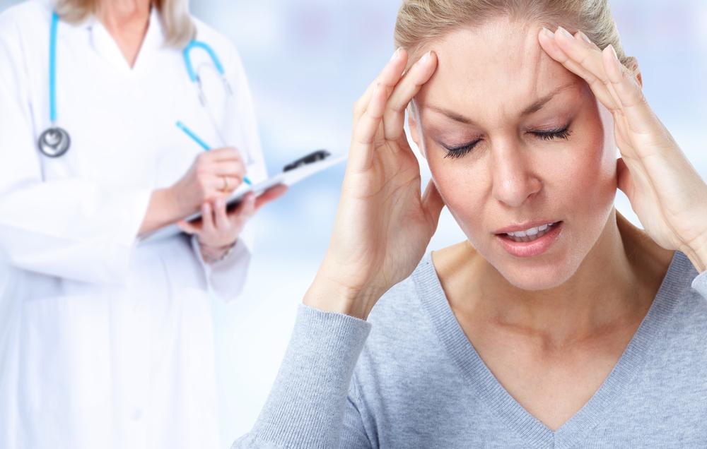Ученые: Мигрень уженщин часто вызывает инсульт