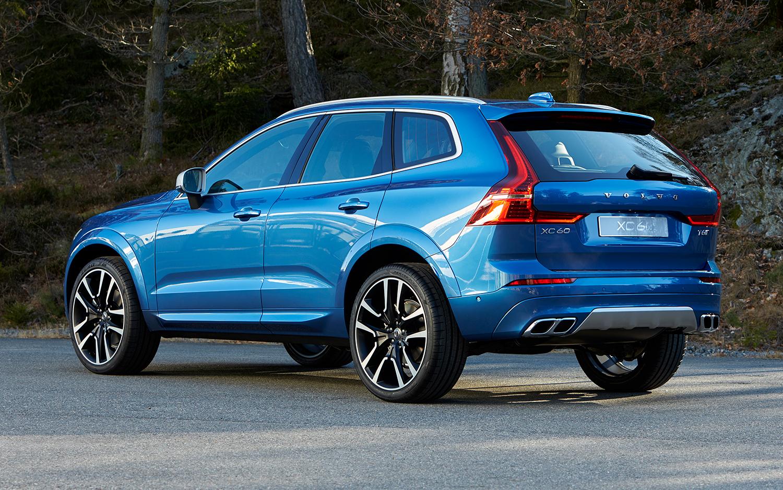 Стоимость нового джипа Вольво XC60 составит приблизительно от3 415 000 до5 553 000 руб.