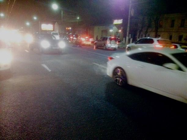 ВТуле наулице Октябрьской пешехода сбили сразу два автомобиля