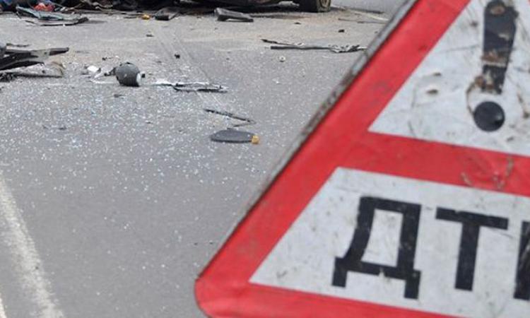 ВАстрахани автобус врезался вмикроавтобус. Пострадали два ребенка иженщина