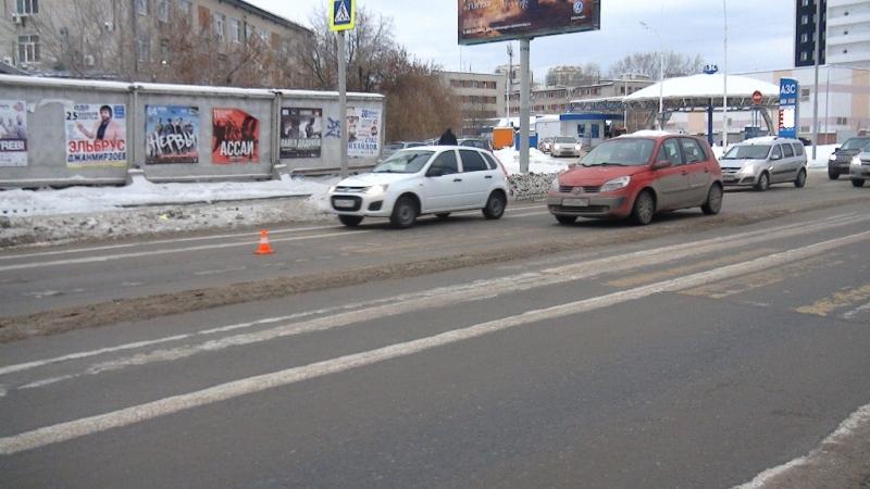 НаФурманова пенсионер на Хендай Accent сбил юного мужчину