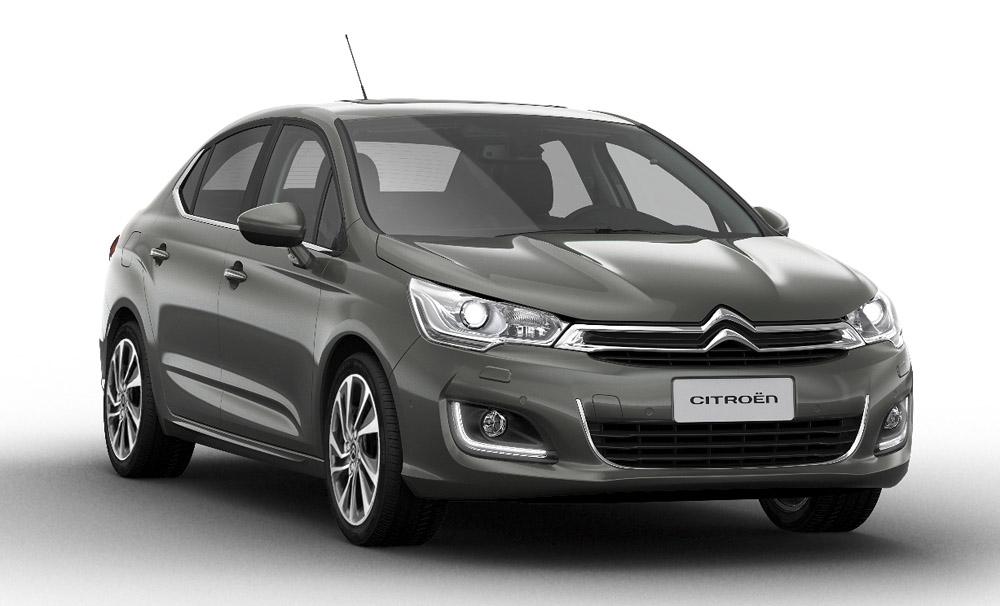 Стоимость улучшенного Ситроен C4 Sedan на русском рынке стартует от990 000 руб.