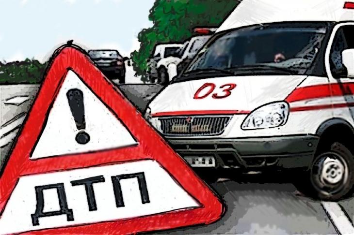 Четверо пострадали влобовом ДТП минивэна илекговушки наСтаврополье