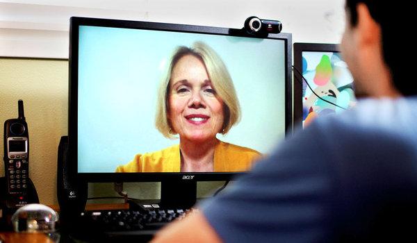 Ученые: Онлайн-терапия уменьшает чувство тревоги