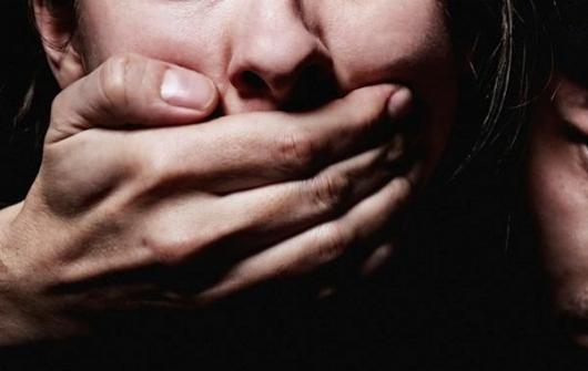 ВРостове-на-Дону насильник надругался над жертвой вееже квартире