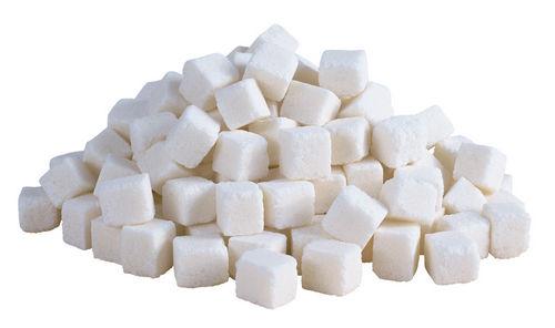 Ученые сравнили сахар снаркотиками и спиртом