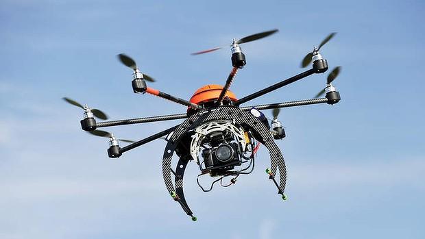 В 2017г. в реализацию поступят летающие дроны для селфи