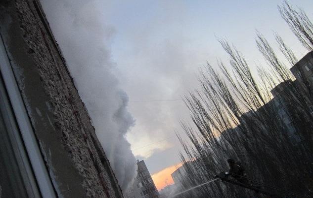 Гражданин Саратова устроил пожар, жаря картофель набалконе