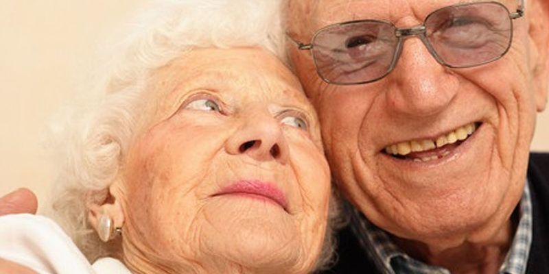 Ученые узнали, вкаком возрасте люди менее всего любят жизнь