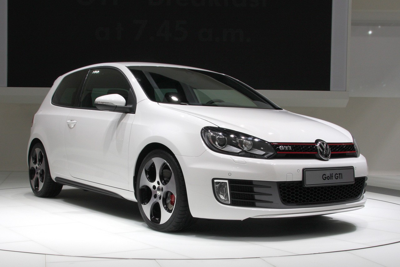VW представит «заряженную» модель UpGTI в 2018-ом