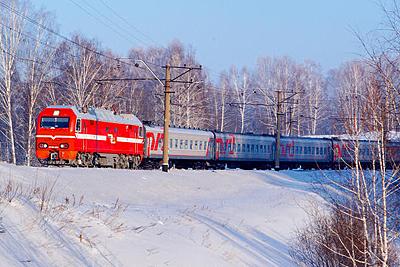 Пассажирский поезд столкнулся савтомобилем вИнгушетии— ГУМЧС