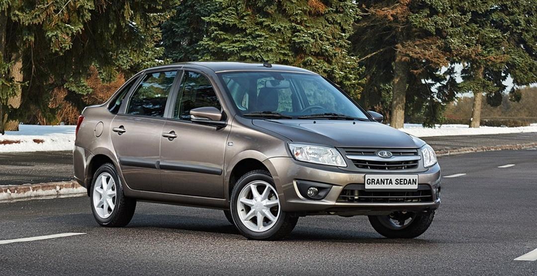 Лада Granta стала лидером рынка Российской Федерации среди отечественных авто