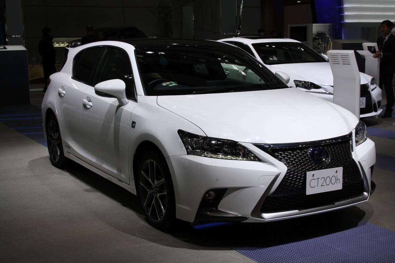 Гибридные автомобили оказались дороже обычных машин