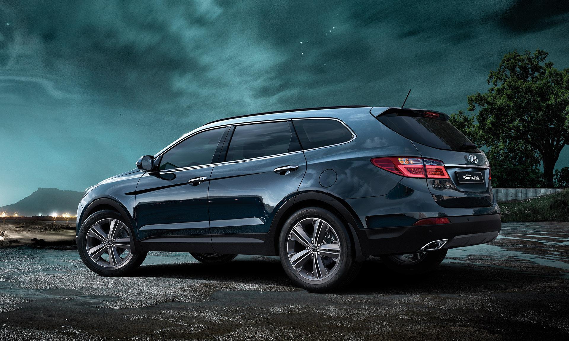 Компания Hyundai обнародовала стоимость обновленного Grand Santa Fe
